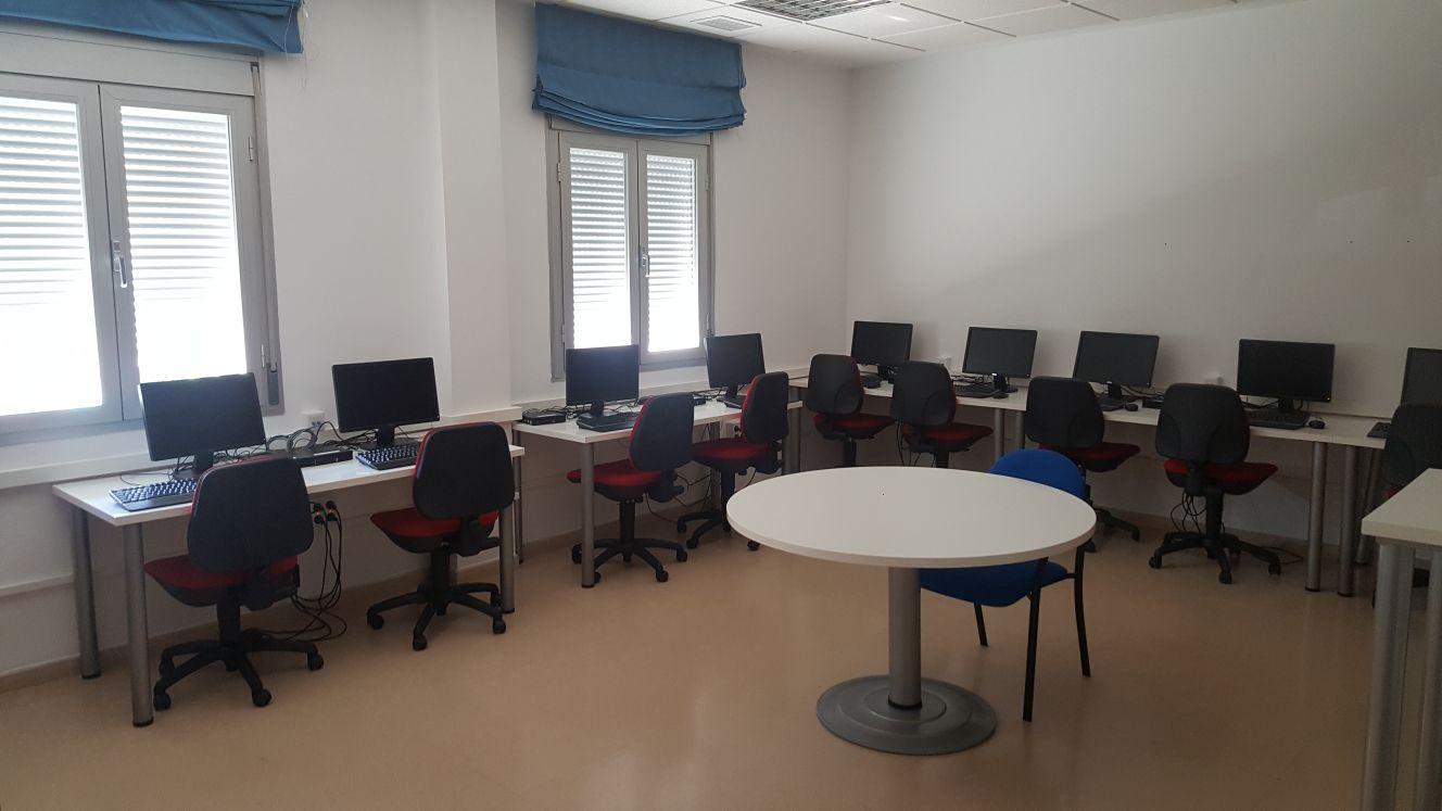 El Centro Guadalinfo de Cúllar Vega estrena nueva ubicación