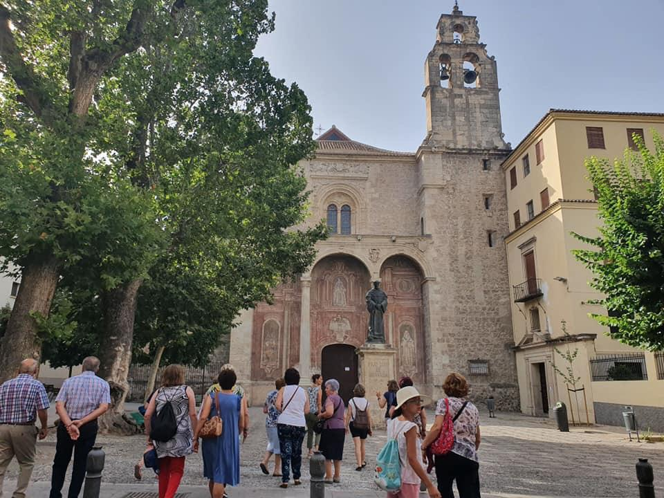 50 culleros conocen la Ruta Isabelina en Granada en una jornada de senderismo cultural