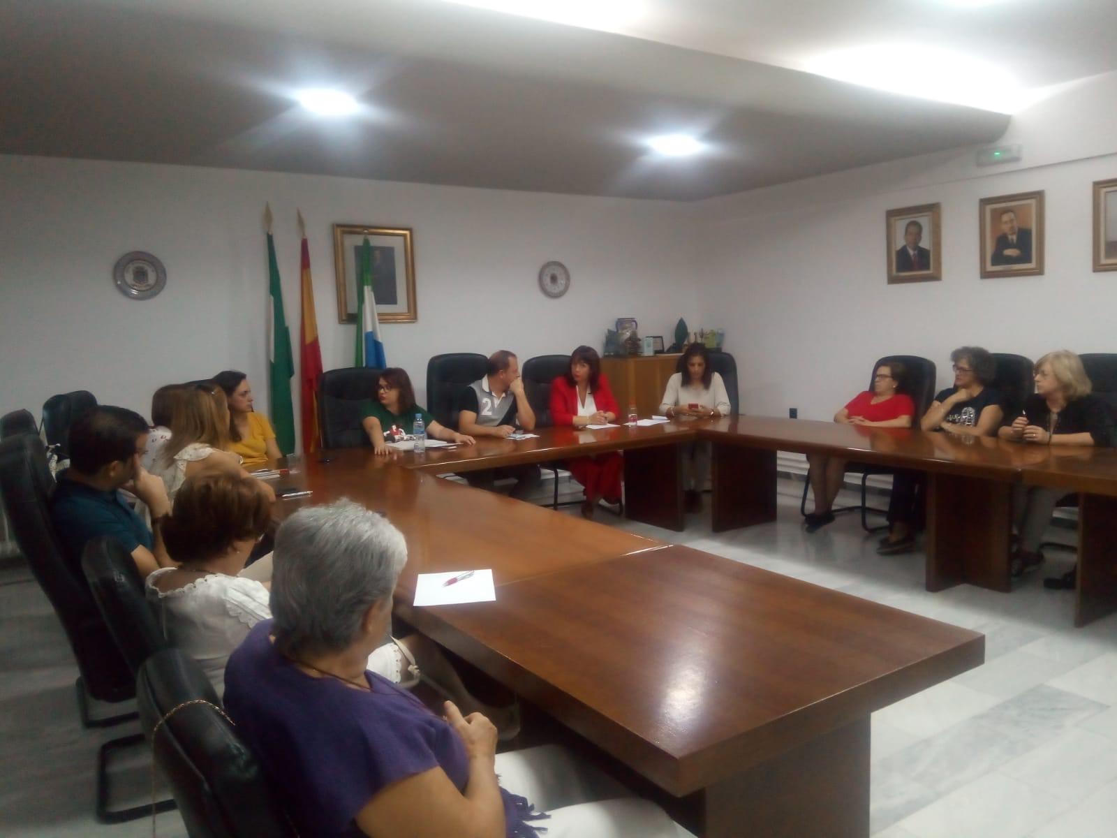 Cúllar Vega consulta a sus asociaciones qué actuaciones quieren que se desarrollen contra la violencia de género