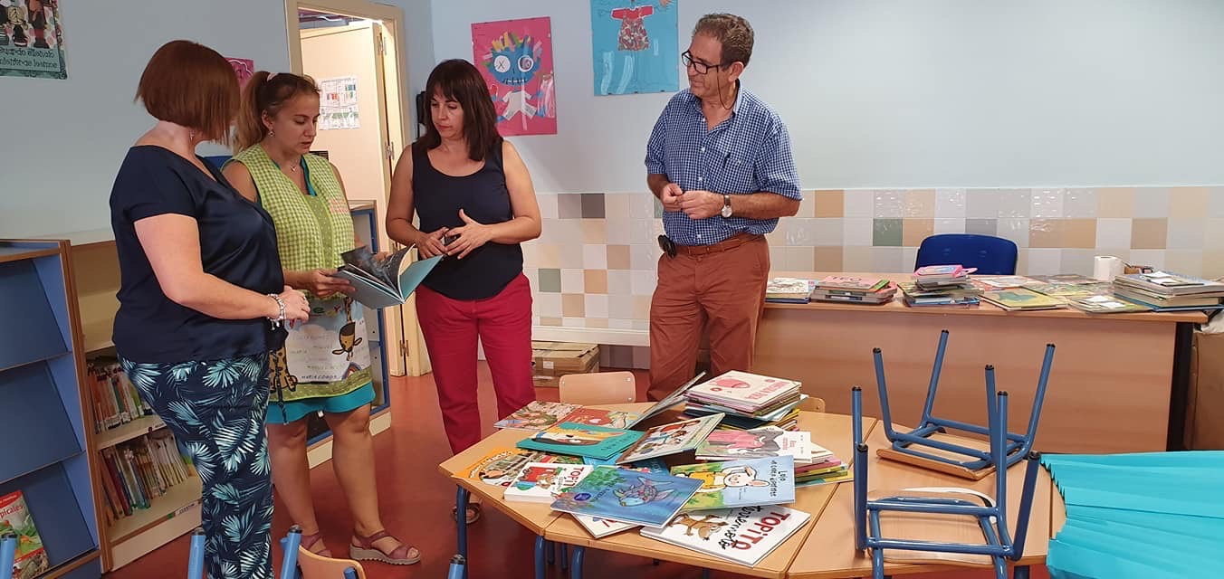 La biblioteca y los centros escolares de Cúllar Vega aumentan su colección de libros relacionados con la igualdad de género