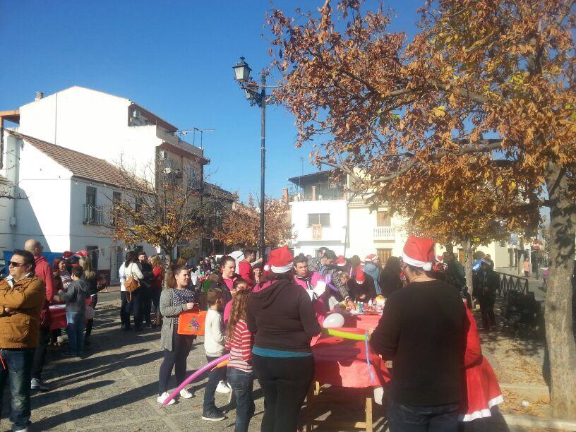 'El árbol de los deseos' repartirá este sábado adornos navideños hechos por niños