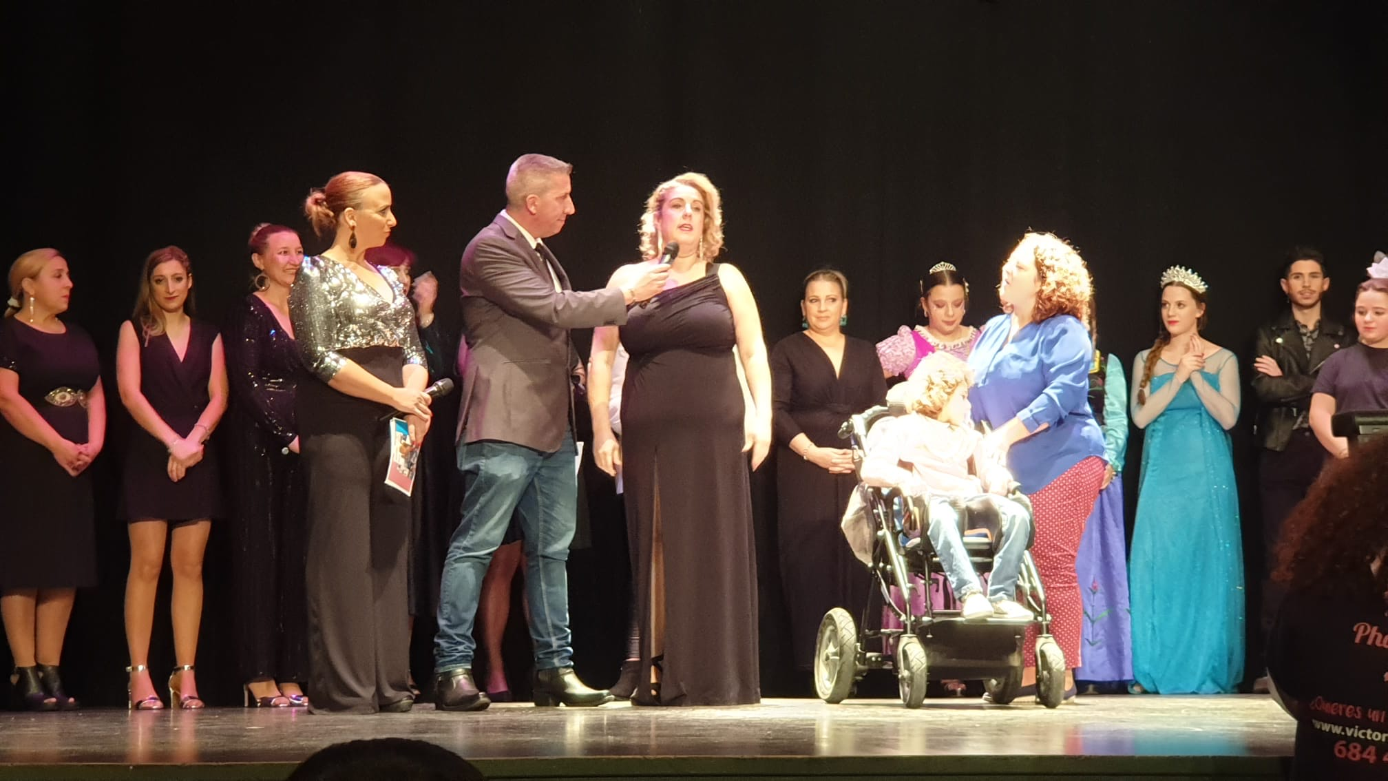 Cúllar Vega recauda más de 700 euros para ayudar a  caminar a Lucía, una niña con parálisis  cerebral