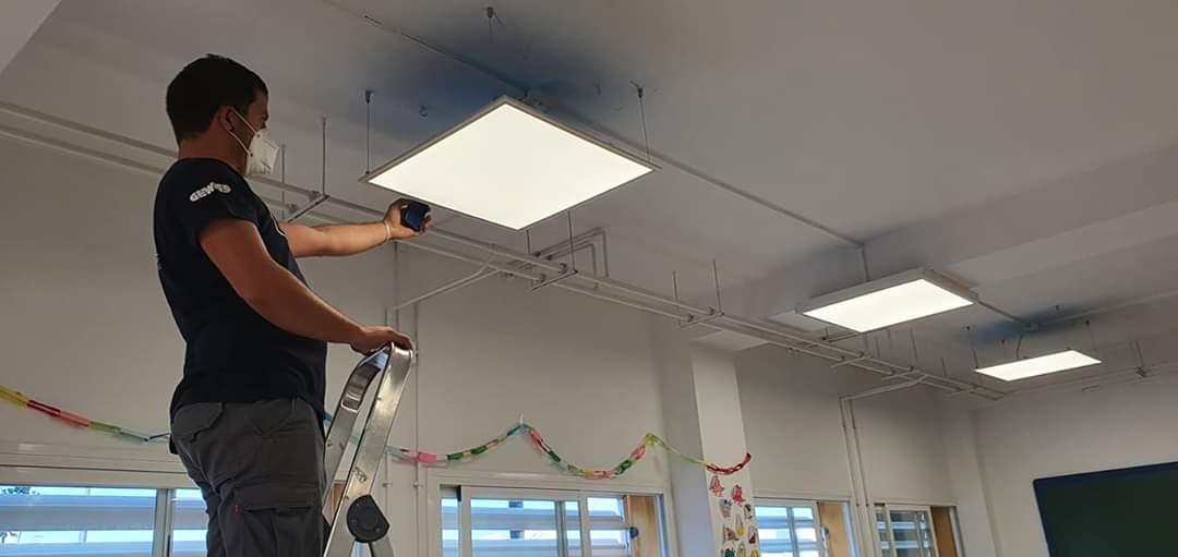El colegio Francisco Ayala de Cúllar Vega contará con luces LED para reducir su consumo de electricidad