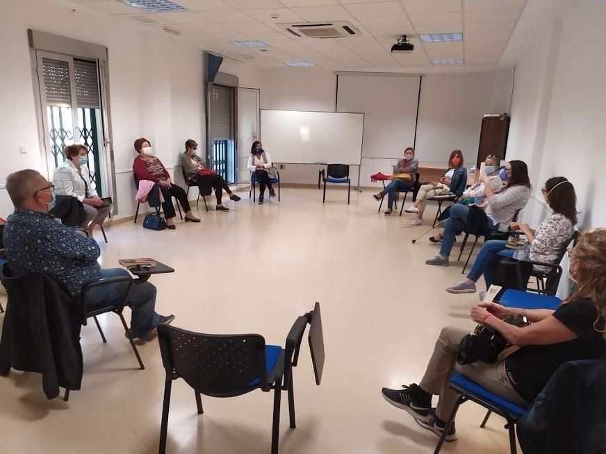 El Club de Lectura de Cúllar Vega inicia su nuevo curso con todas las medidas necesarias frente al coronavirus