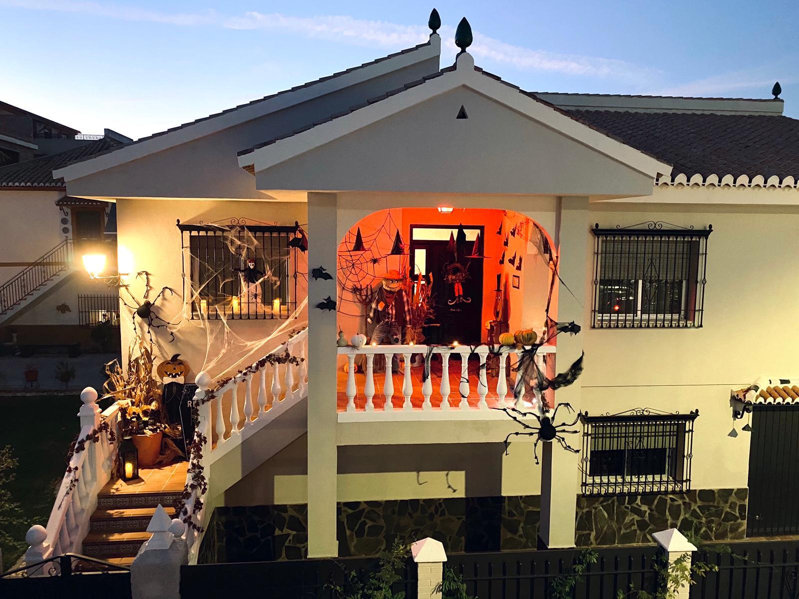 Más de 50 familias participan en el concurso de fachadas terroríficas del 'Halloween virtual' de Cúllar Vega
