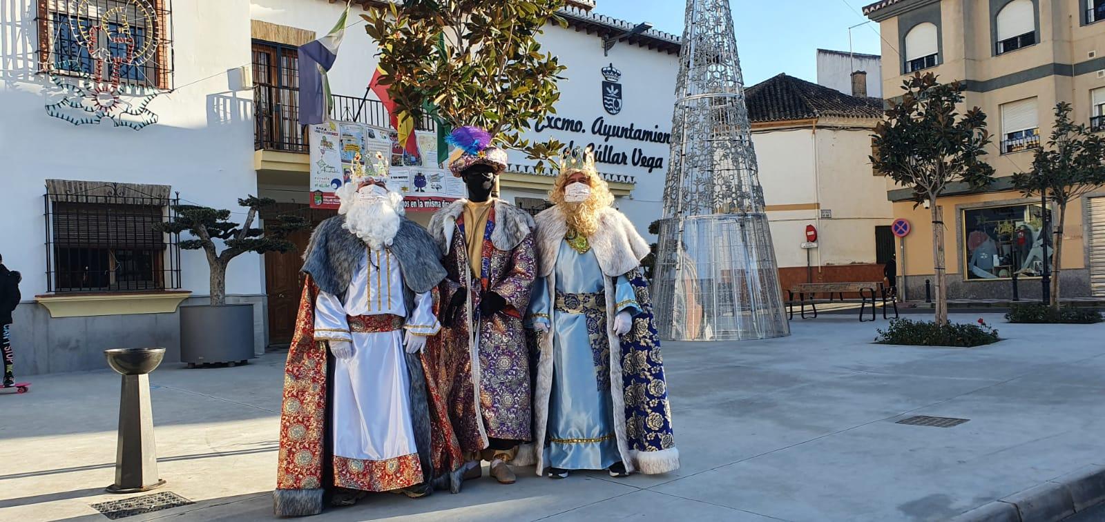 Los Reyes Magos, considerados como servicio esencial en Cúllar Vega, visitarán las casas de más de 600 niños durante dos días