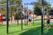 Cúllar Vega estrena su primer parque de calistenia, una alternativa de ocio saludable para los jóvenes